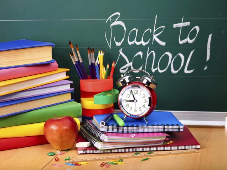 Back To School Wallpaper 02 1600x1200 768x576