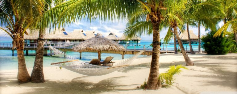 Beach Resort Wallpaper 06 2560x1024 768x307