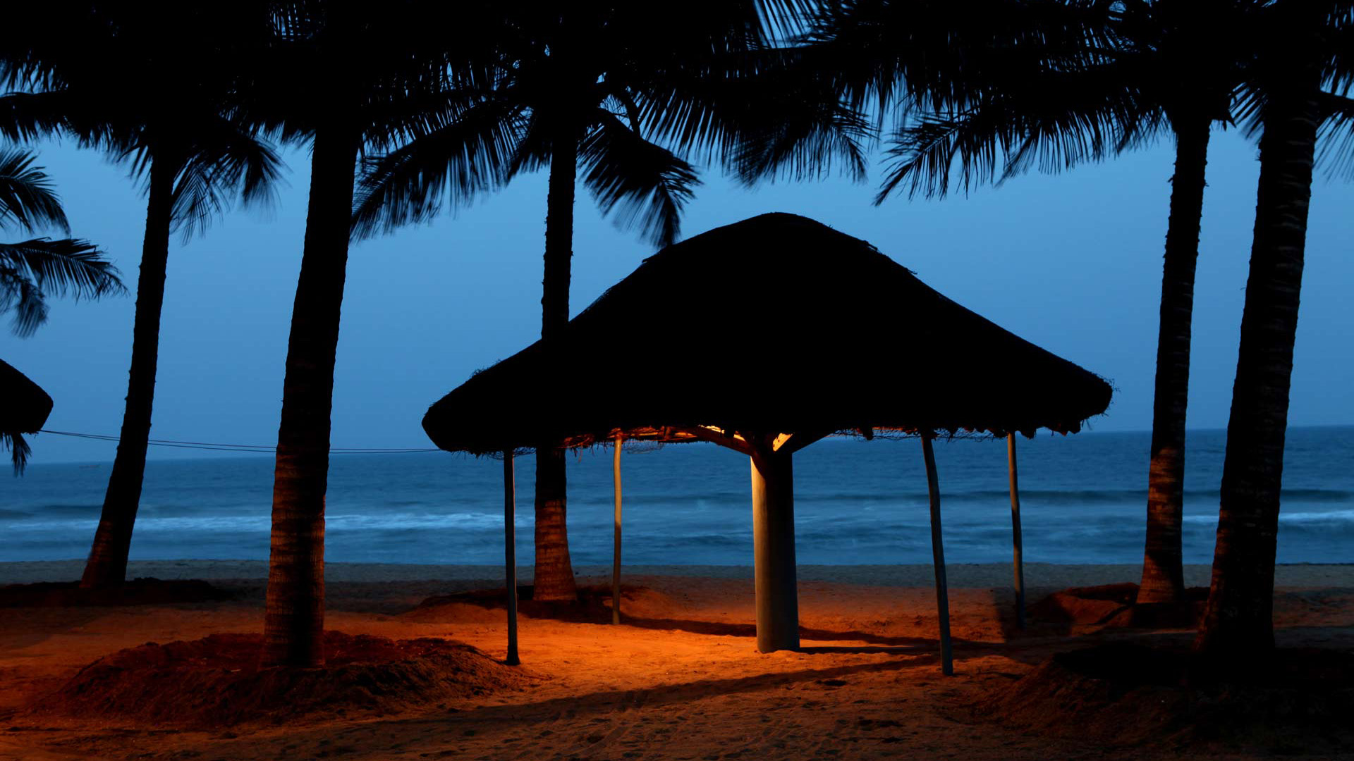 Download Wallpaper Night Beach - Beach-Resort-Wallpaper-41-1920x1080  You Should Have.jpg