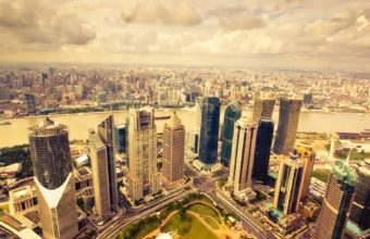 City Skyline Wallpaper 06 1680x1050 340x220