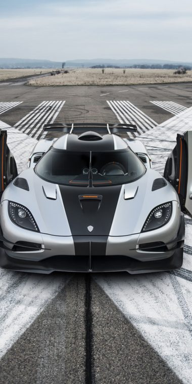 2014 Koenigsegg Agera One Car 720x1440 380x760