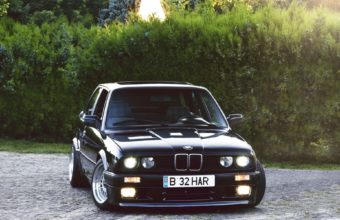 BMW E30 Wallpaper 05 1920x1200 340x220
