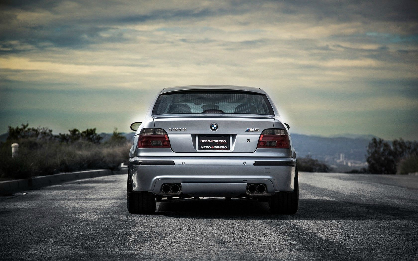 BMW E39 Wallpaper 03 - [1680x1050]