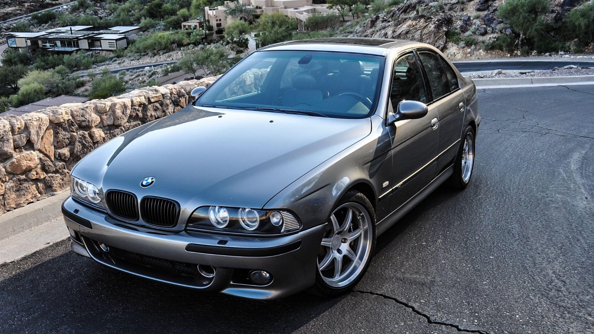 Краштест BMW X1 F48  BMW X Series