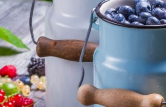Berries Golubmka Raspberries Currants 1080x2220 340x220
