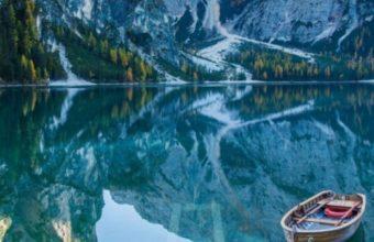 Lake Deck Boat Mountains Mirror Reflection 540x960 340x220