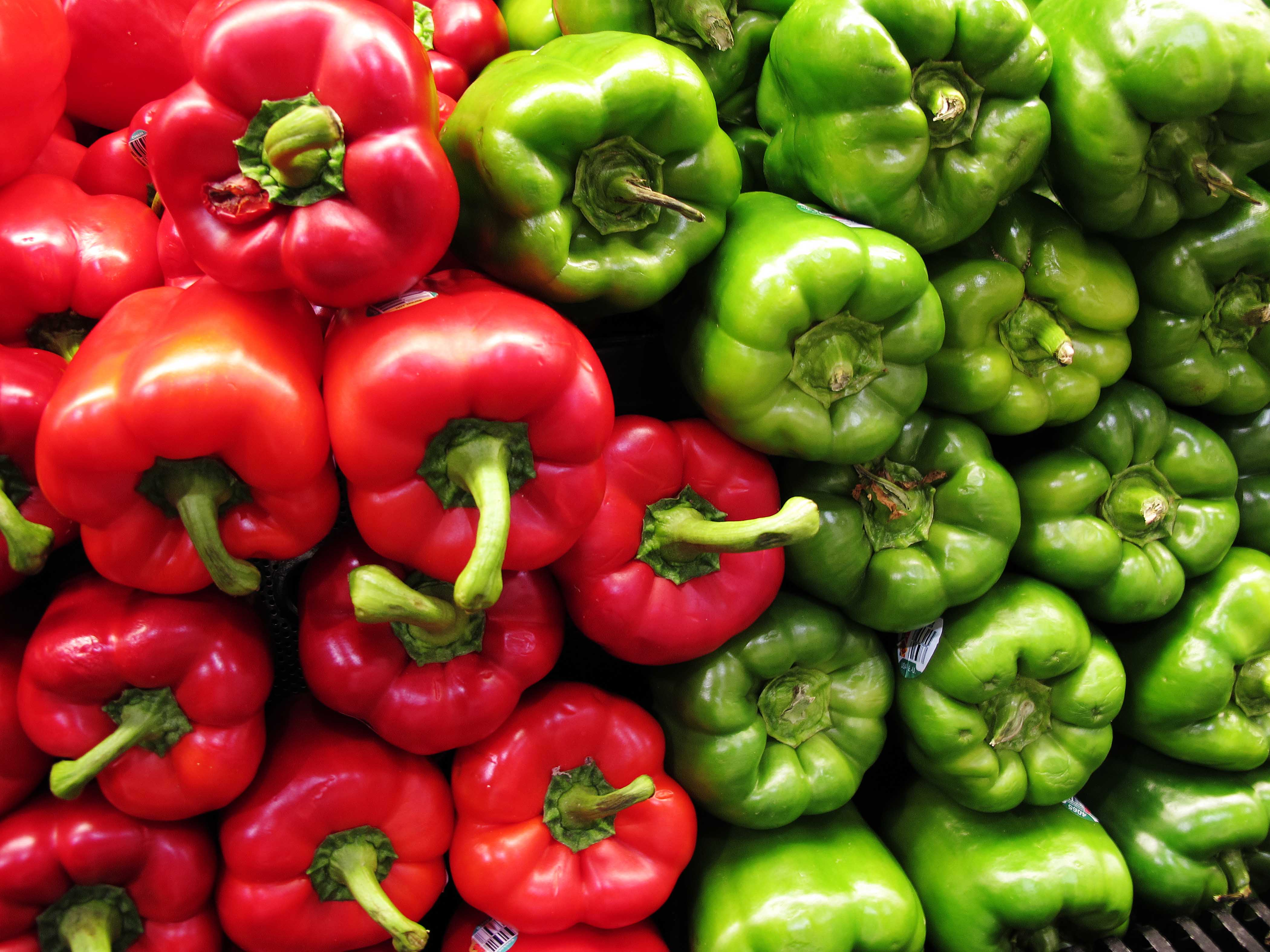 Beautiful Wallpaper High Resolution Food - Green-and-Red-Wallpaper-21-4200x3150  Pictures_3610070.jpg