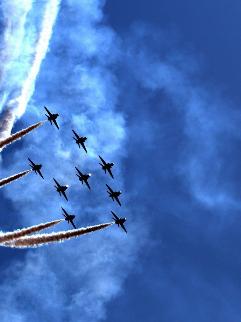 Air Parade Wallpaper 1536x2048 768x1024