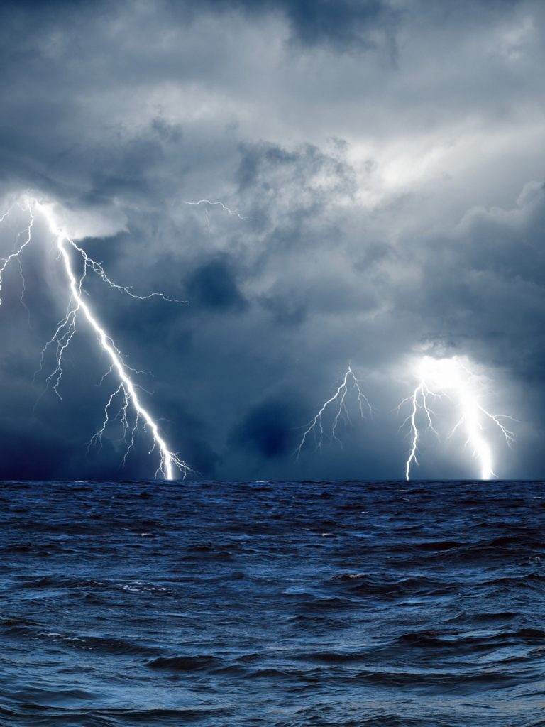 clouds waves sea storm lightning wallpaper