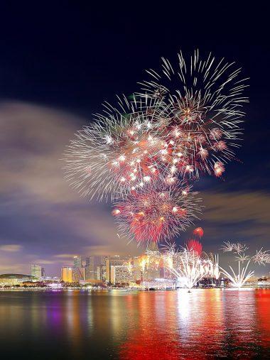 National Day Singapore Fireworks Wallpaper 1536x2048 380x507