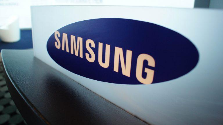 Samsung Wallpaper 18 4592x2576 768x431
