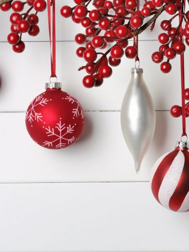 Seasonal New Year Wallpaper 1536x2048 380x507