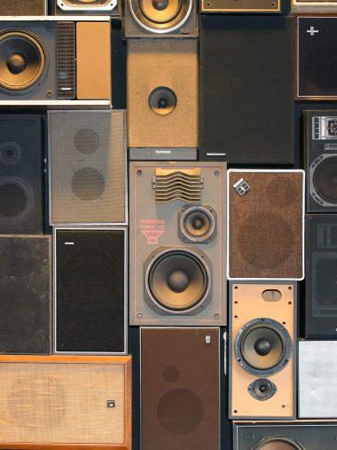 Speakers HD Wallpaper 1536x2048 380x507