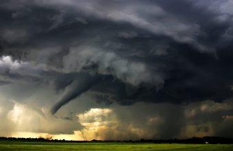 Tornado Wallpaper 05 1600x1143 340x220