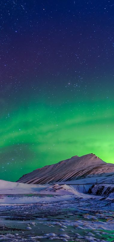 Aurora Borealis Winter Wallpaper 1080x2280 380x802