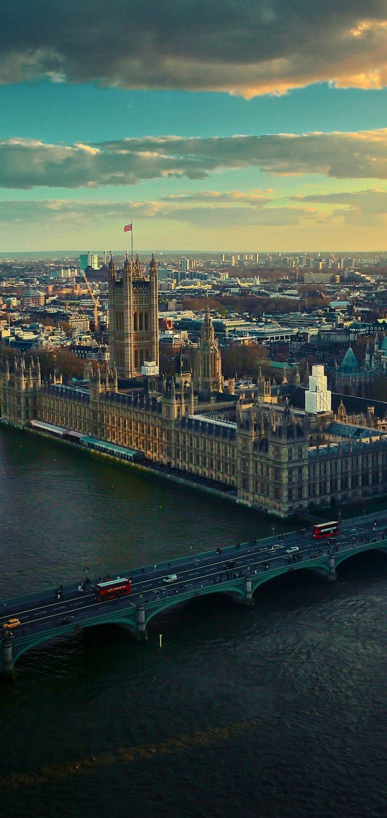 London Wallpaper 1080x2280 768x1621