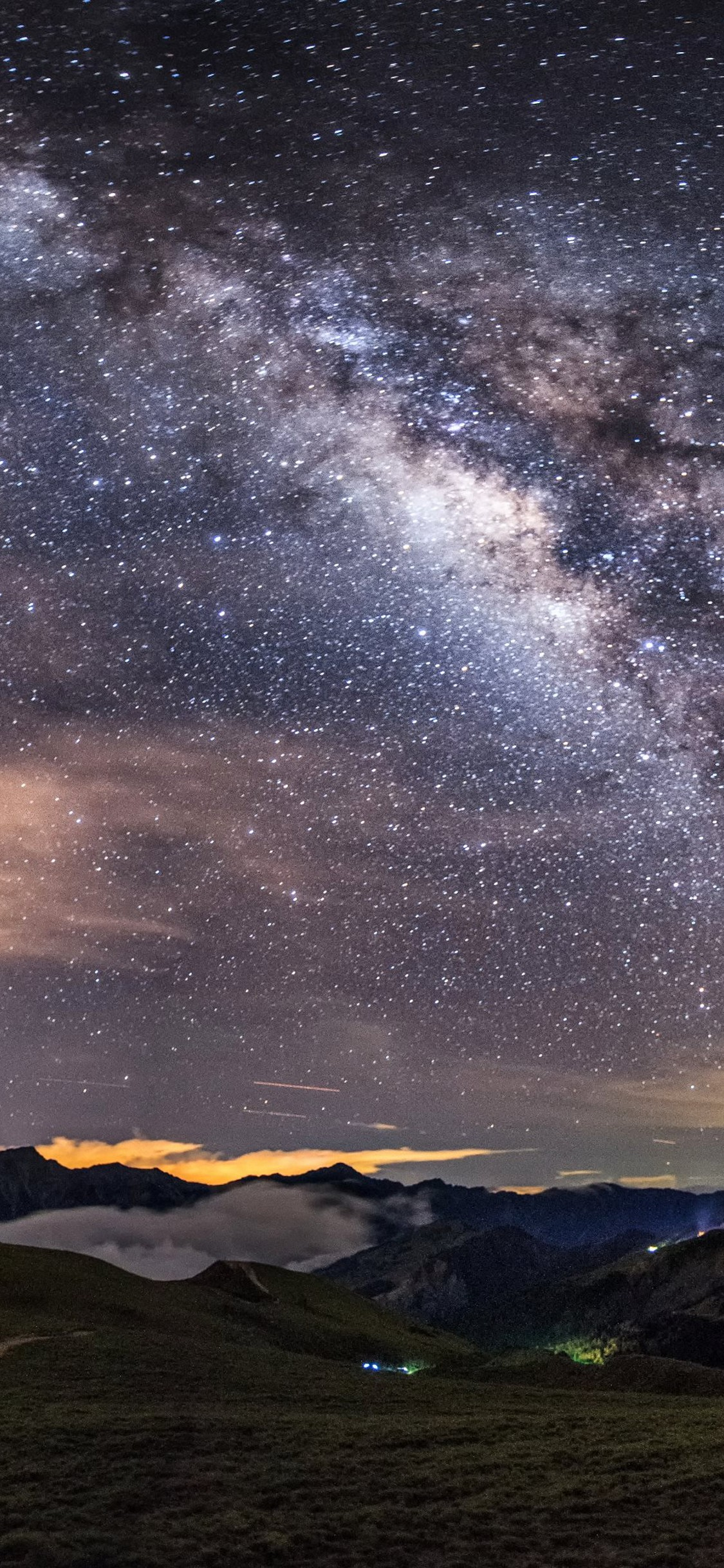 Milky Way HD Wallpaper - [1125x2436]
