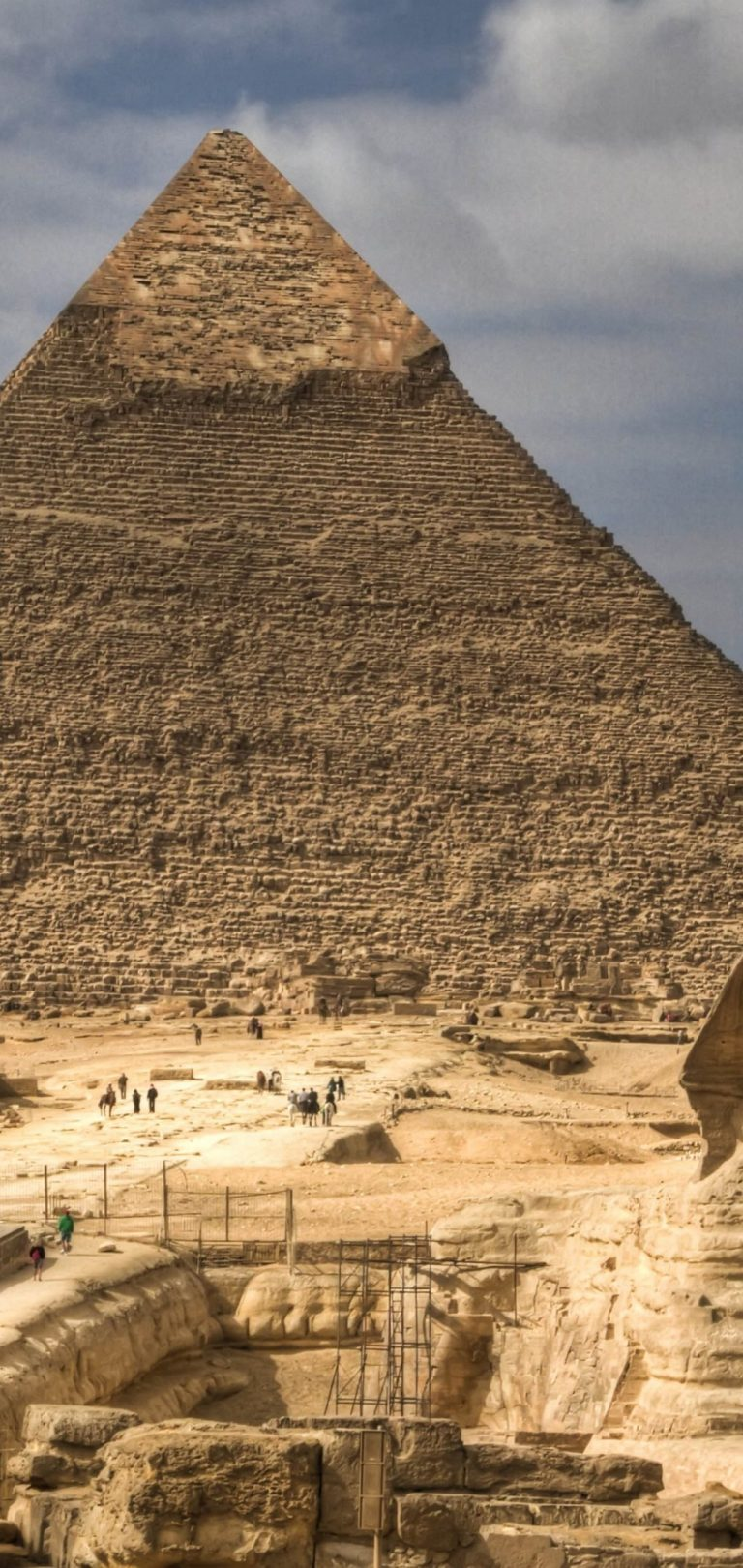 Pyramid Wallpaper 1080x2280 768x1621