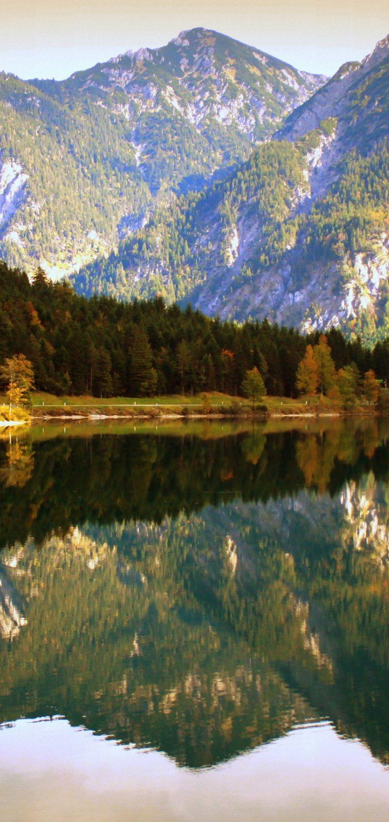 Water Reflection Wallpaper 1080x2280 768x1621