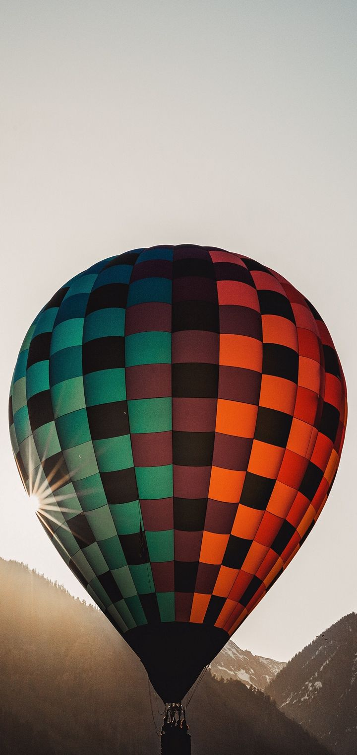 Balloon Flight Sky Wallpaper 720x1520