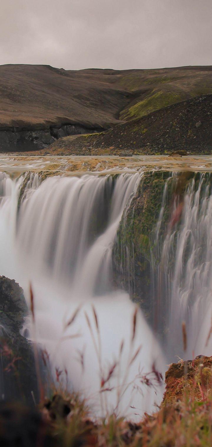 Blur Cascade Daylight Wallpaper 720x1520