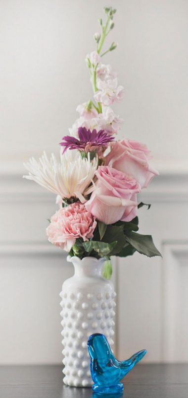 Bouquet Vase Flowers Wallpaper 720x1520 380x802