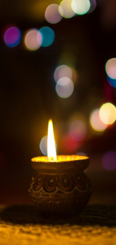 Candle Glare Light Wallpaper 720x1520 380x802