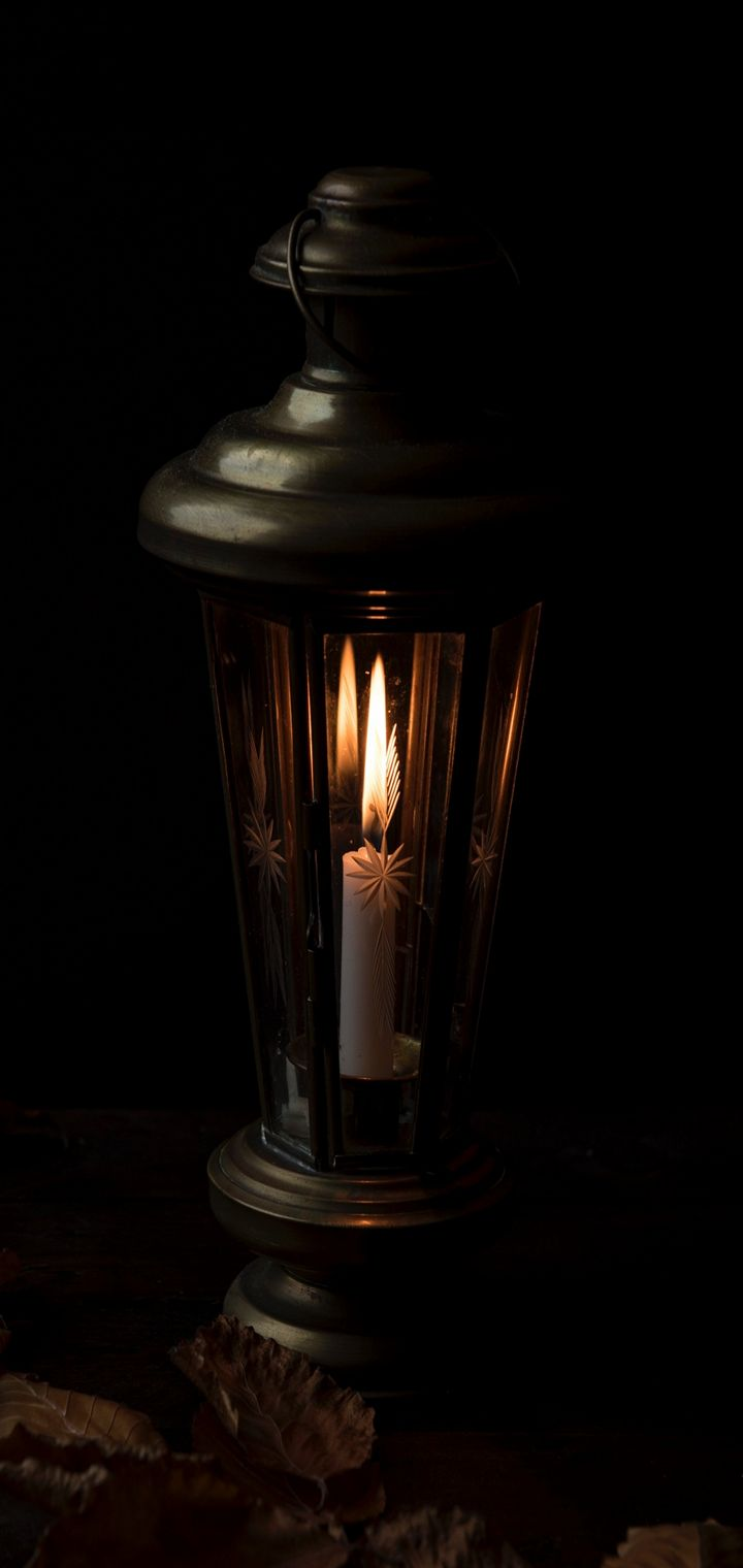 Candle Night Lamp Wallpaper 720x1520