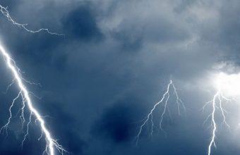 Clouds Waves Sea Storm Lightning Wallpaper 720x1520 340x220