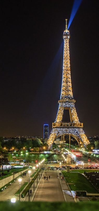 Eiffel Tower Paris Wallpaper 720x1520 380x802