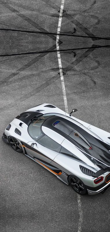 Koenigsegg Agera One Car Wallpaper 720x1520 380x802