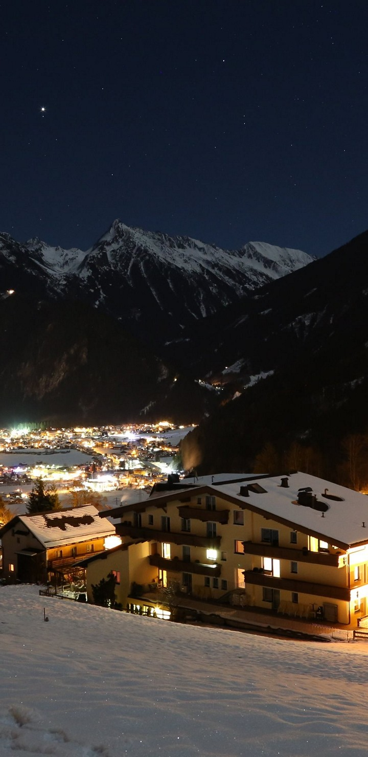 Mayrhofen Wallpaper 5760x3840 720x1480