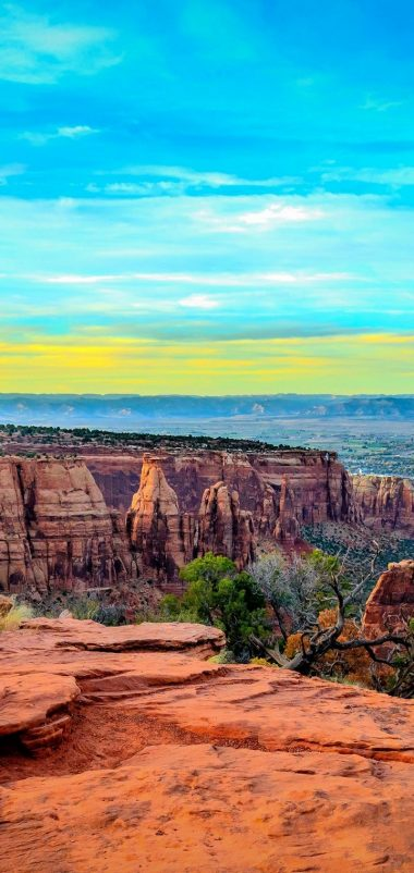 Monument Canyon Colorado Sunset Wallpaper 720x1520 380x802