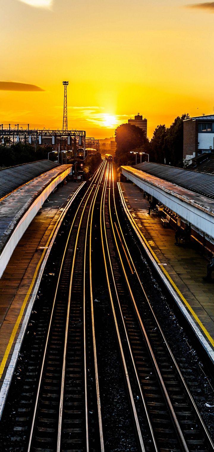 Railroad Train Sunset Wallpaper 720x1520
