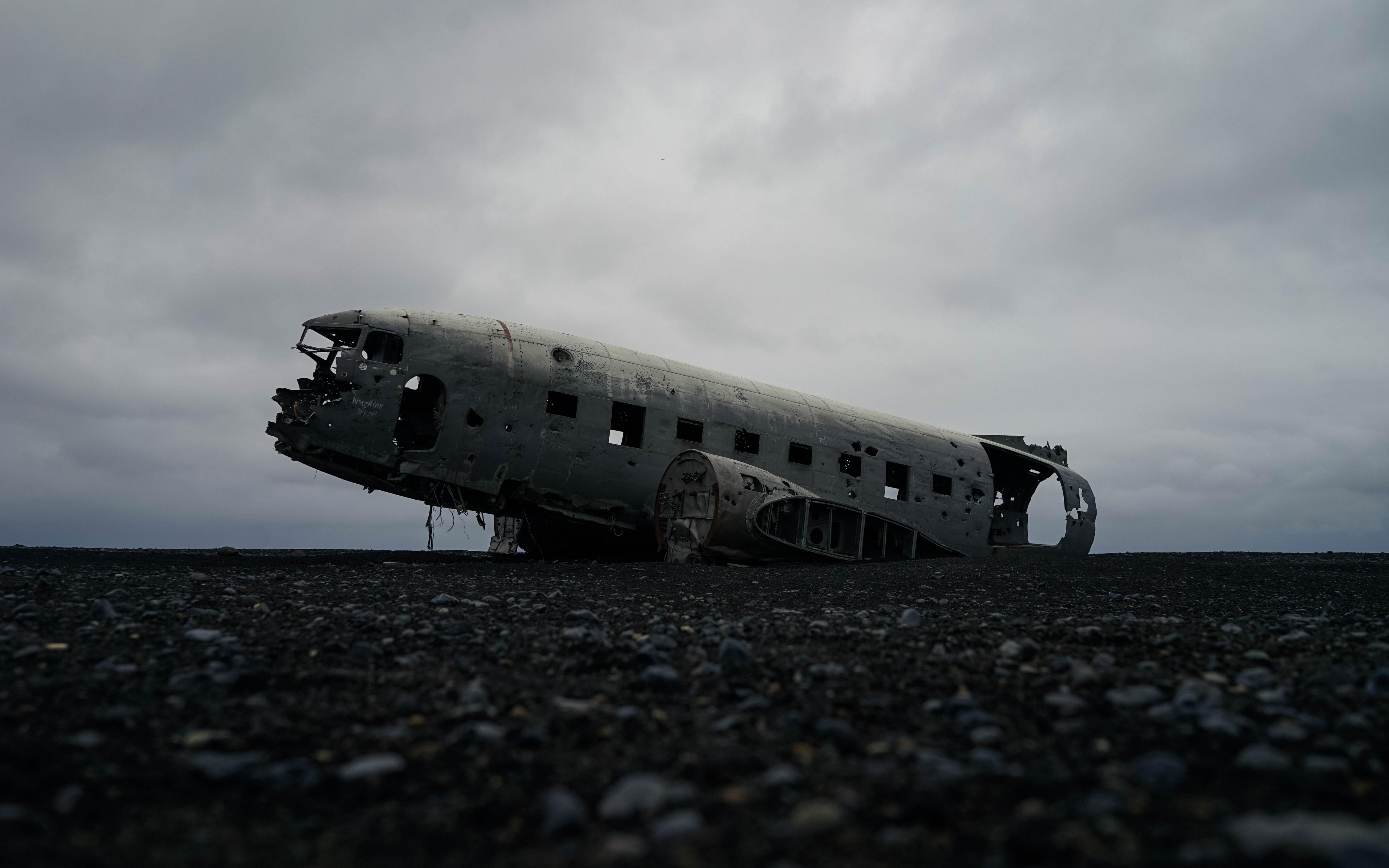 Solheimasandur Plane Wreck Iceland Wallpaper