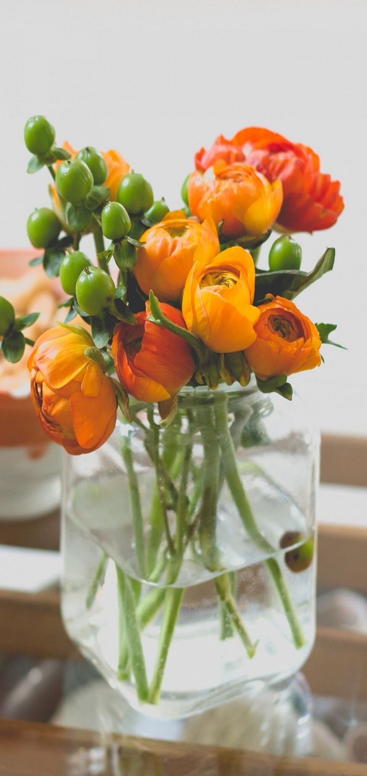 Vase Bouquet Flowers Wallpaper 720x1520