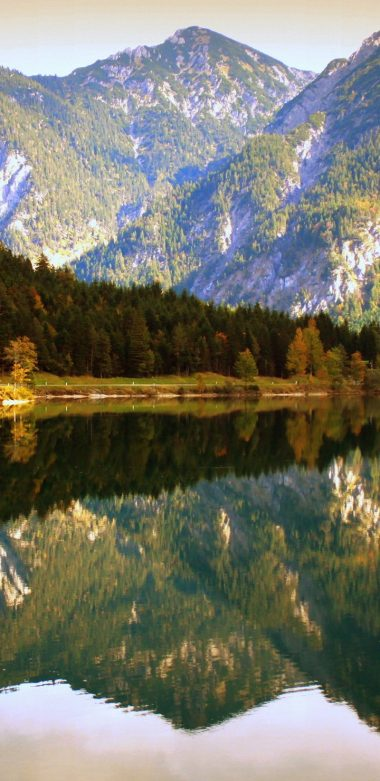 Water Reflection Ultra HD Wallpaper 720x1480 380x781