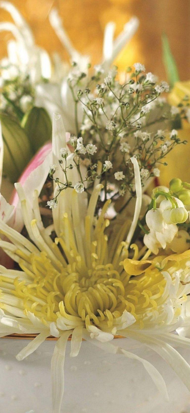 Bouquet Flowers White 1080x2340 768x1664
