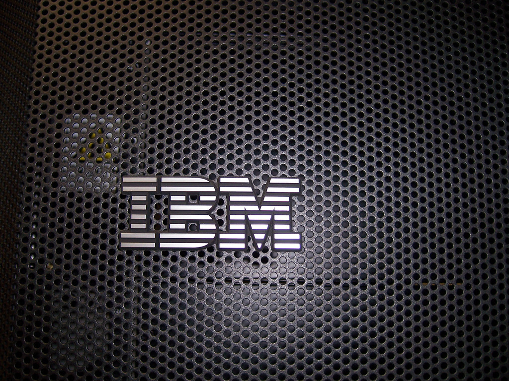 IBM Wallpaper 008