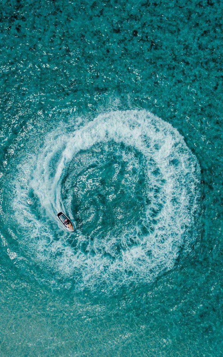Aerial View Ocean 800x1280 768x1229