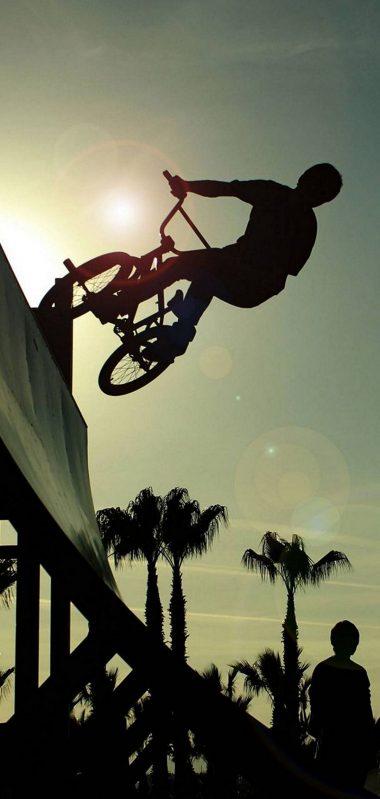BMX Cycle Jump 1080x2270 380x799
