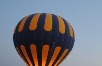Balloon Night Hill 800x1280 340x220