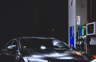 Benz Car Refueling Rain 800x1280 340x220