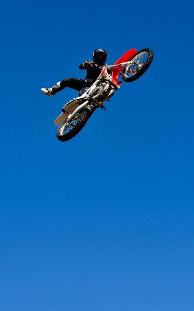 Bike Jump Blue Sky 800x1280 380x608