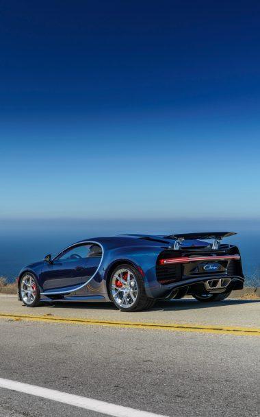 Bugatti Chiron Side View Road 800x1280 380x608