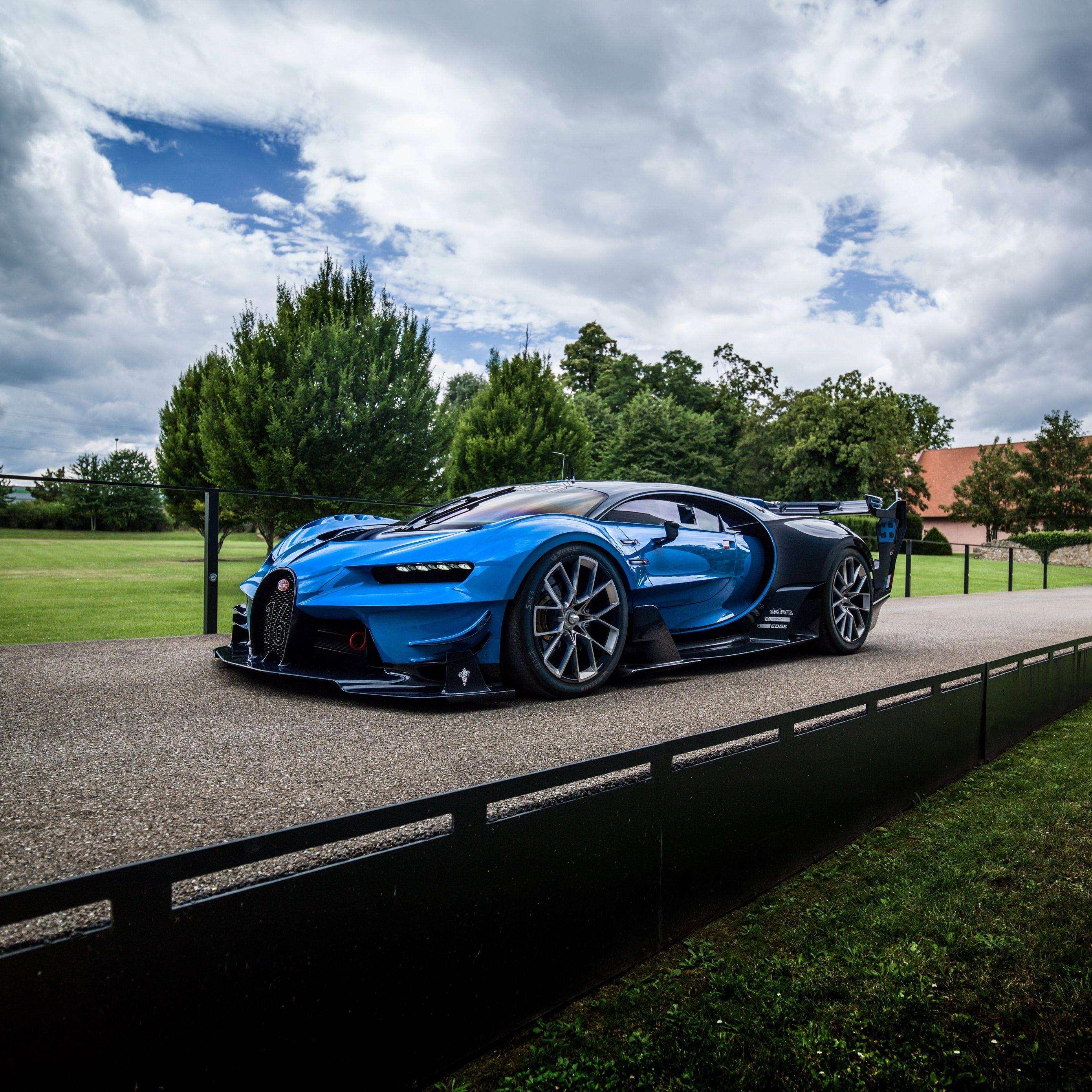 Bugatti Gran Turismo: Bugatti Vision Gran Turismo Blue Side View