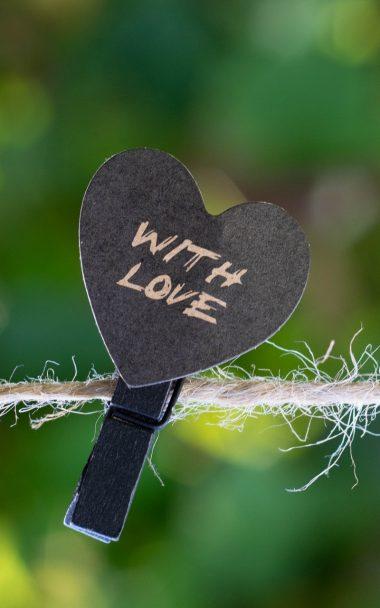 Clothespin Heart Love 800x1280 380x608