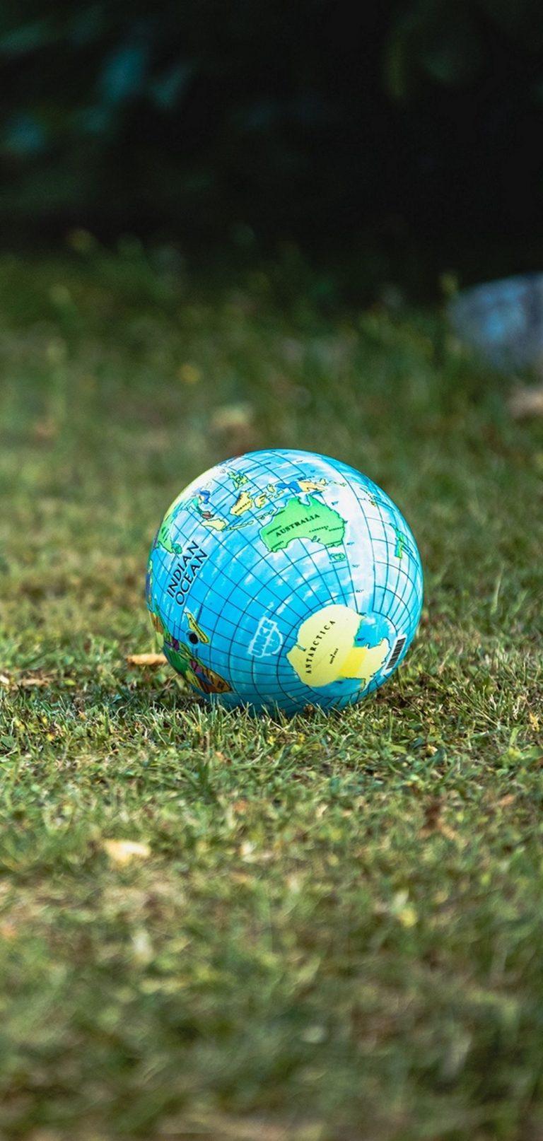 Globe Ball Grass 1080x2270 768x1614
