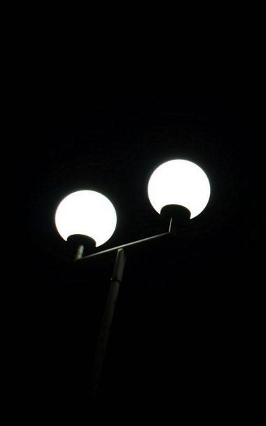 Lantern Light Bulb Minimal 800x1280 380x608