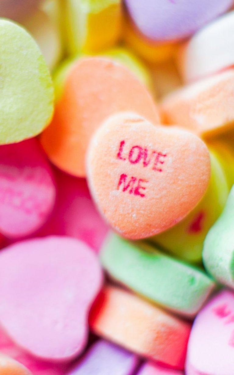 Love Me Candies 800x1280 768x1229